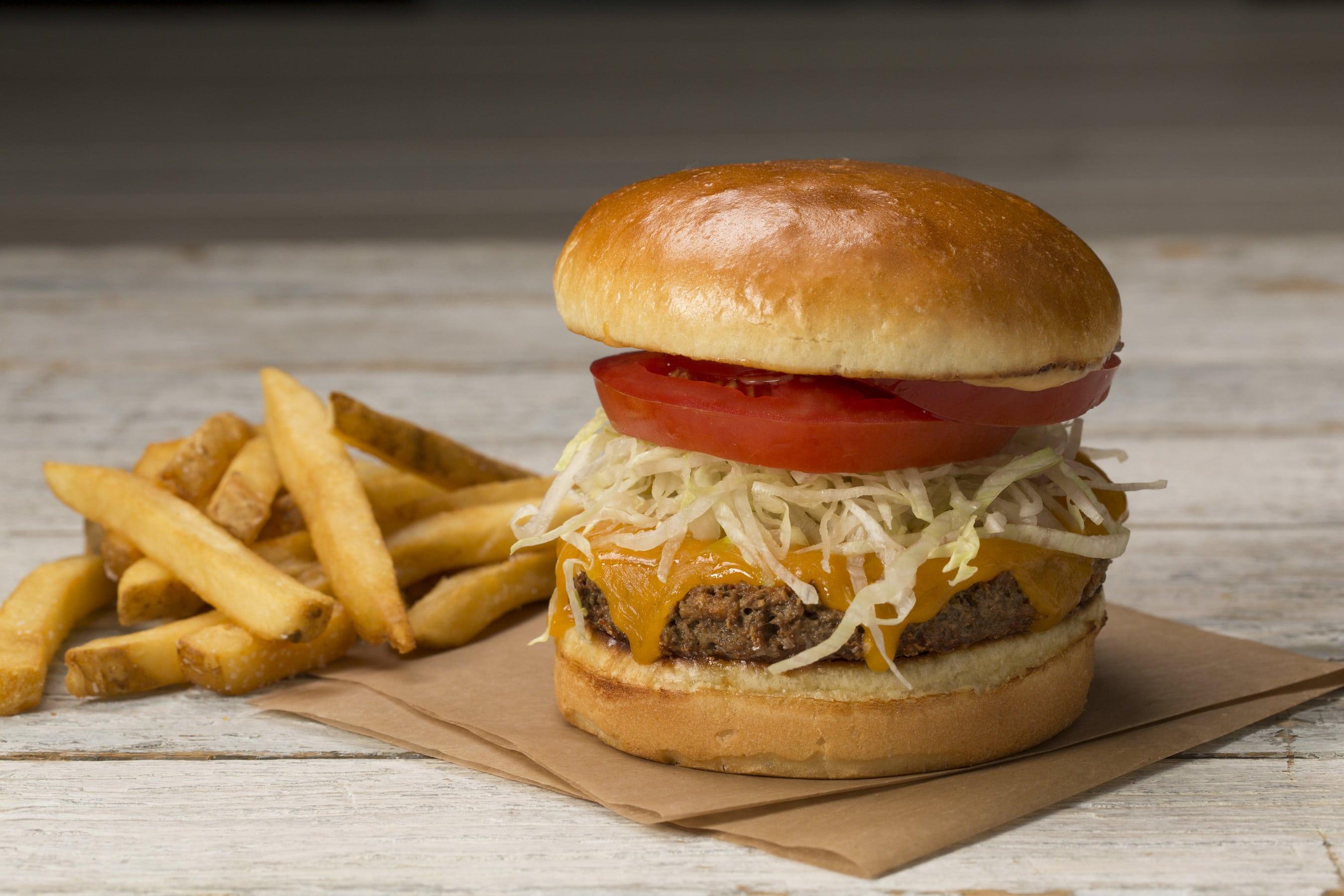 The Impossible Burger Debuts at Houlihan's